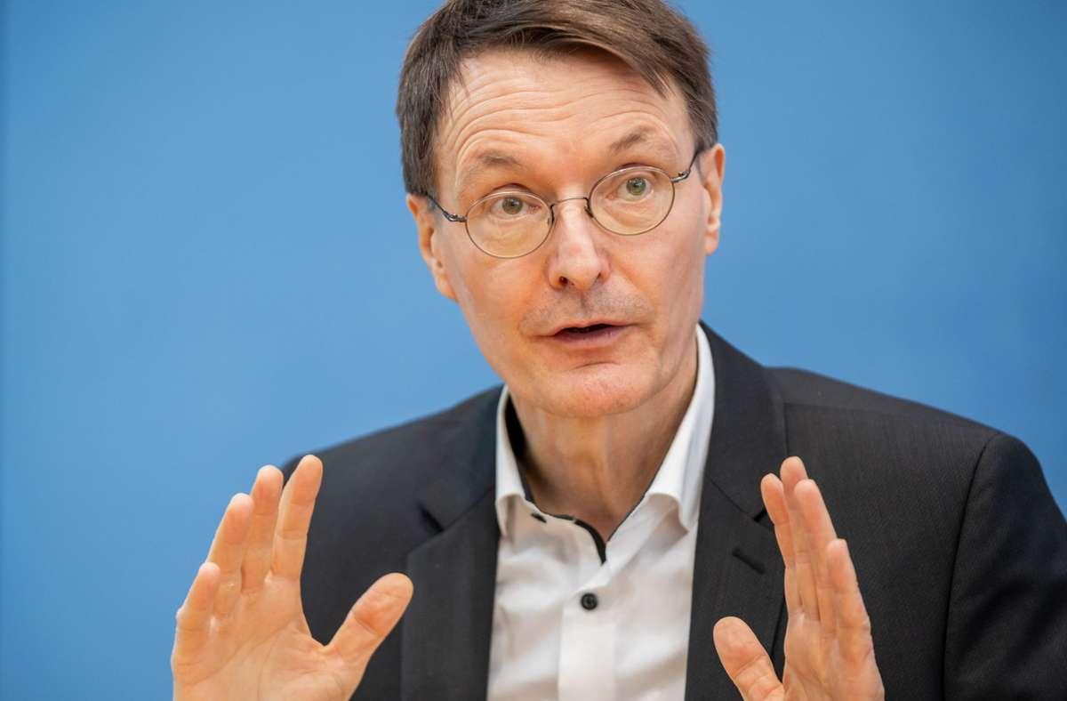Karl Lauterbach fordert einen harten Lockdown. Foto: dpa/Michael Kappeler