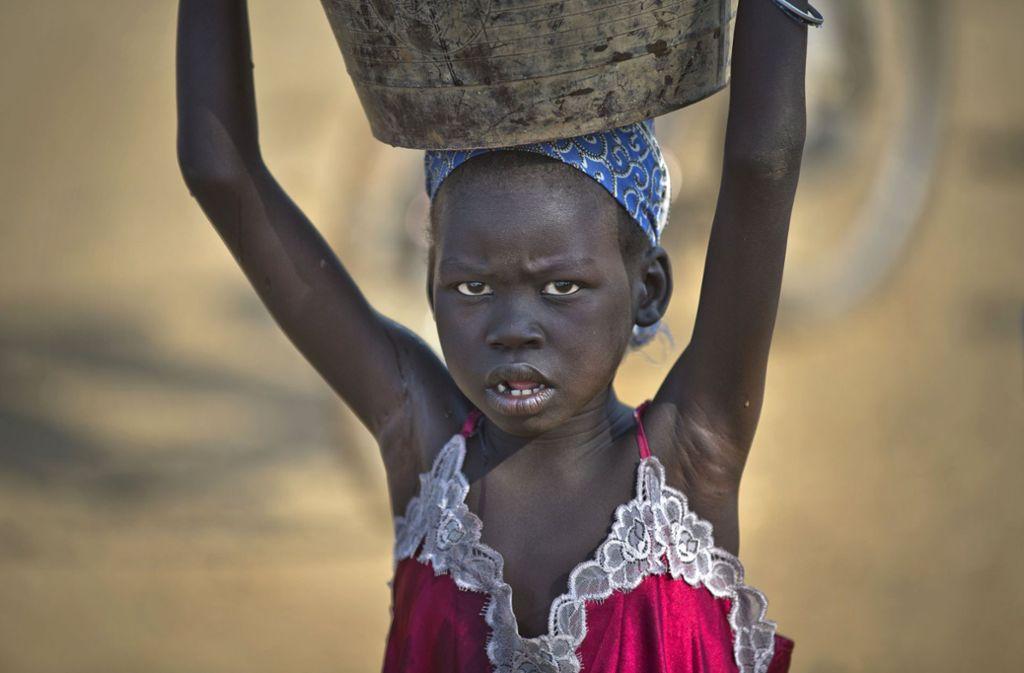 Ein Mädchen im Südsudan – einem der ärmsten Läder der Welt. Foto: AP