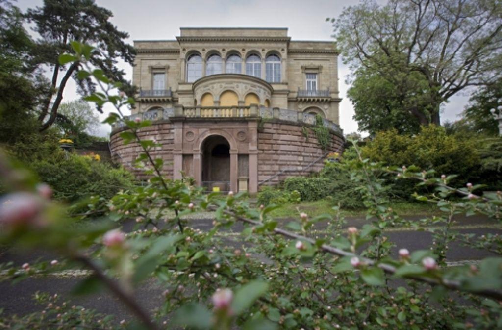 Die seit Jahren leer stehende Villa Berg könnte der Standort für ein Kreativzentrum mit einem neuen Kommunalen Kino sein. Foto: Steinert