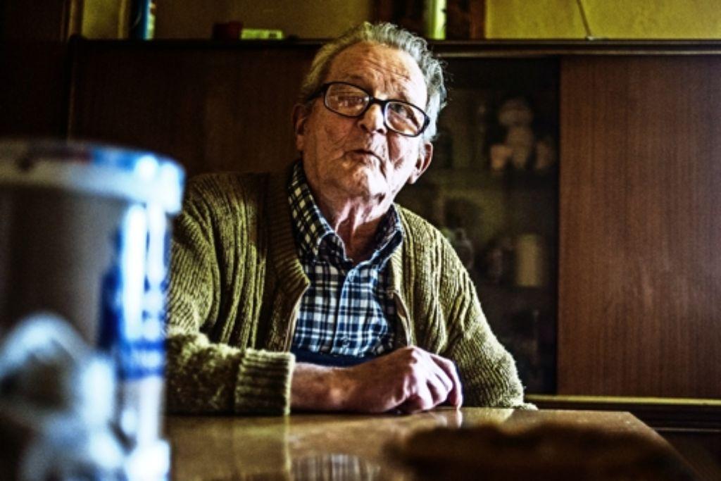 Schon als   Bub  hatte er  schlechte Augen. Paul wollte am liebsten   seine  Ruhe, die Wohnstube  verließ er kaum noch. Foto: Andreas Reiner