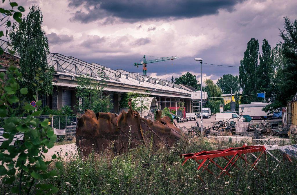 Die Wagenhallen, Kunst- und Veranstaltungszentrum am Nordbahnhof, werden von Januar an saniert. 30 Millionen Euro lässt sich die Stadt das Projekt kosten, die Nutzer beteiligen sich ebenfalls finanziell. Foto: Lichtgut/Max Kovalenko