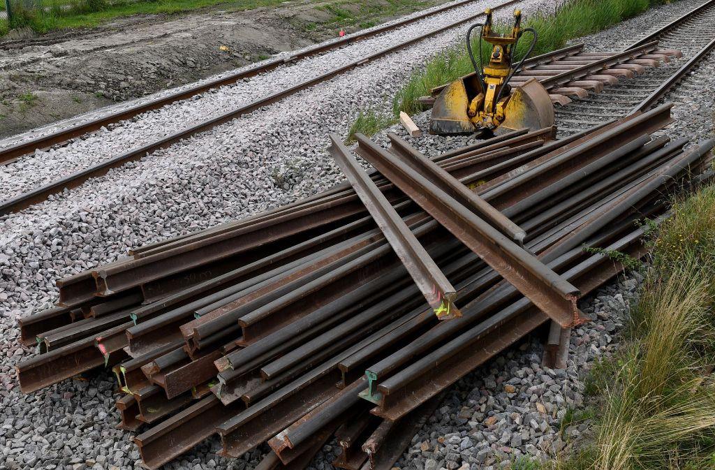 Ein neues Regelwerk soll dafür sorgen, dass Bauvorhaben der Bahn besser als bisher eingehalten werden. Doch der Rechnungshof bezweifelt, dass die Pläne wie gewünscht  greifen. Foto: dpa
