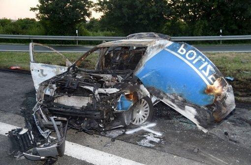 Polizisten sterben bei Unfall auf A44