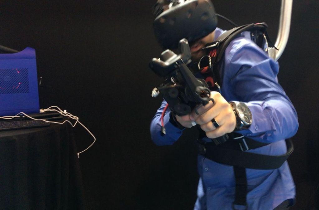 Die Waffenmesse ITEC findet erstmals in Stuttgart statt – und stößt auf viel Protest. Foto: Siri Warrlich