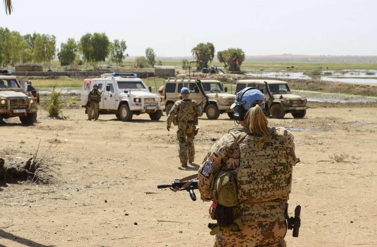 Deutsche Bundeswehrsoldaten sind derzeit  in Mali stationiert. (Archivbild) Foto: imago images/Joerg Boethling/Joerg Boethling via www.imago-images.de