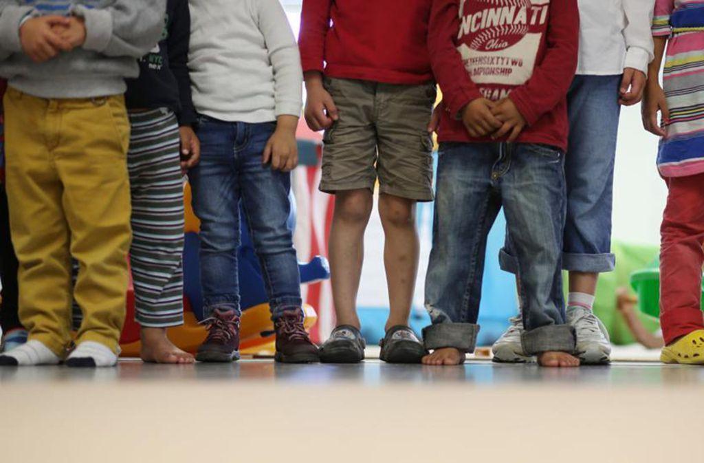 Das  pädagogische Personal in den Kitas ist heute sensibilisiert, um die  Anzeichen von  Verwahrlosung oder Gewalt gegenüber Kindern rechtzeitig zu erkennen. Foto: dpa