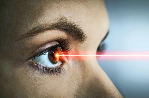 Welche Risiken gibt es beim Augenlasern?