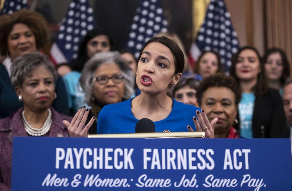 Die Kongressabgeordnete Alexandra Ocasio-Cortez am 30. Januar im Repräsentantenhaus Foto: AP