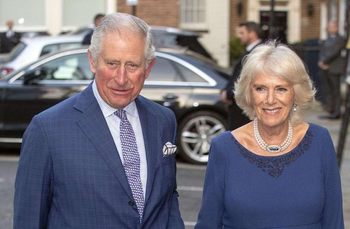 Herzogin Camilla,  die Frau des britischen Thronfolgers Prinz Charles, wurde am Freitag 73 Jahre alt. (Archivbild) Foto: dpa/Steve Parsons