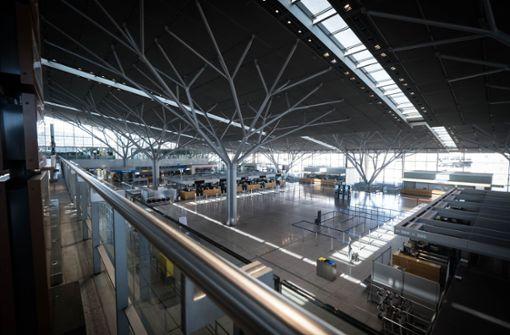 Flughafen Stuttgart  stellt Bauprojekte auf den Prüfstand