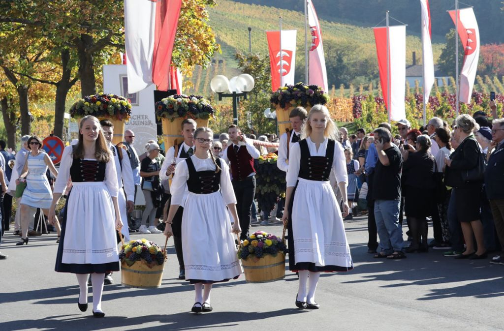 Die Fellbacher Landjugend führt traditionell den Festzug beim Fellbacher Herbst an. Foto: Patricia Sigerist