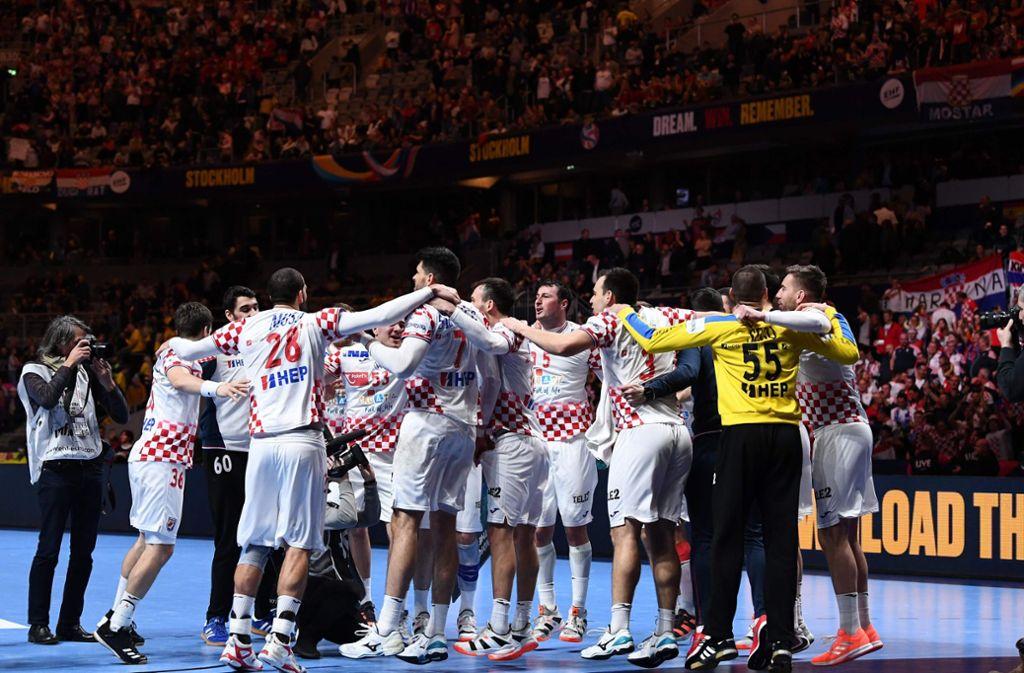 Nach 80 Minuten Handballkrimi war der Halbfinal-Fluch der Kroaten endlich besiegt. Foto: AFP/JONATHAN NACKSTRAND