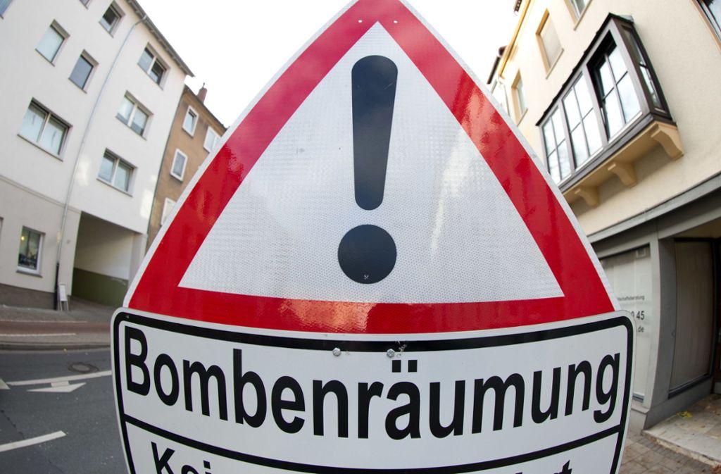 In Möhringen wird am Sonntag eine Weltkriegsbombe entschärft. Foto: dpa/Friso Gentsch