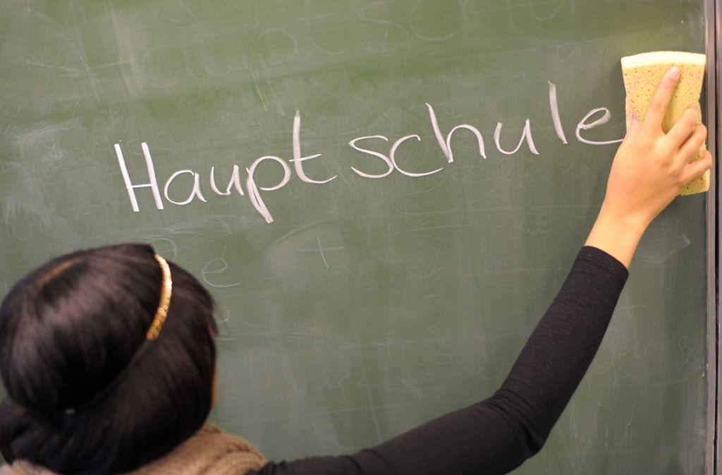Bloß nicht wegwischen: Susanne Eisenmann will die Hauptschulen erhalten. Foto: dpa
