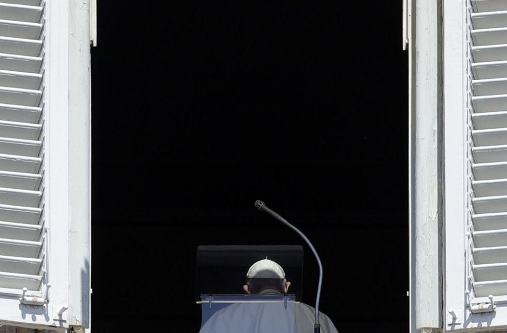 Papst Franziskus will den alten Strukturen der Vertuschung den Rücken kehren. Foto: AP