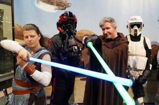 Jedi-Ritter und Sturmtruppler fallen gemeinsam ins  Gloria ein