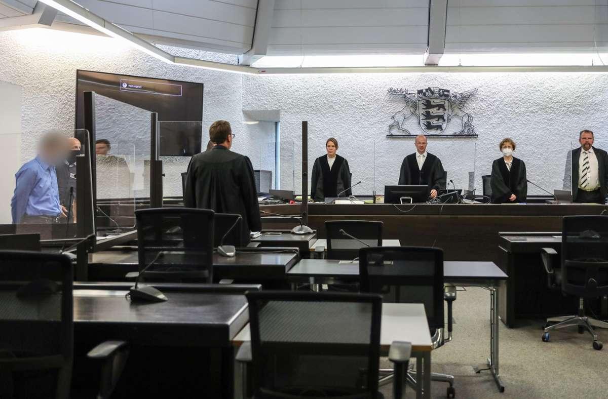 Der erste Prozesstag im Fall der getöteten Frau aus Rudersberg ist denkbar kurz gewesen Foto: dpa/Christoph Schmidt