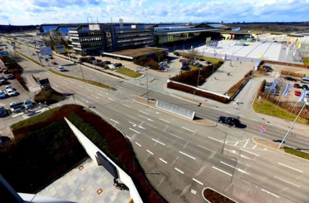 Bei der Variante Filderbahnhof plus würde die Station für die Fern- und Regionalzüge direkt unter der Flughafenstraße liegen. Foto: Achim Zweygarth