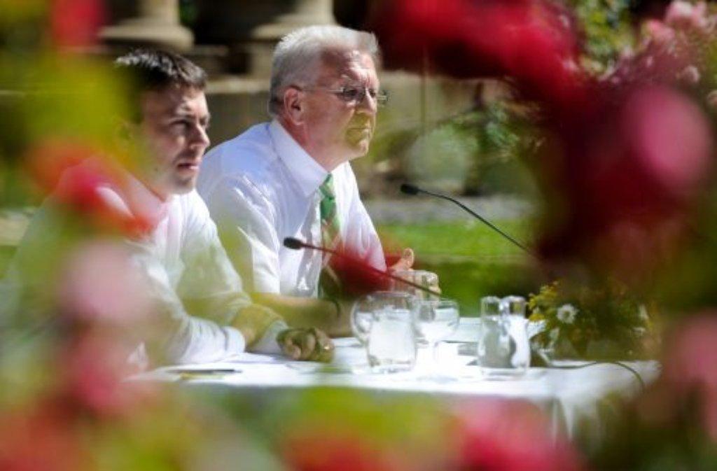 Hundert Tage grün-rote Regierung: Winfried Kretschmann (Grüne) und Nils Schmid (SPD) machen Zwischenbilanz. Foto: dapd