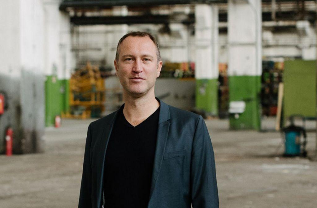Schiller ist für ihn ein Kraftzentrum: Christian Holtzhauer,  Schauspielchef in Mannheim. Foto: Mannheimer Nationaltheater