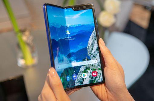 Die Technikbranche setzt auf faltbare Smartphones