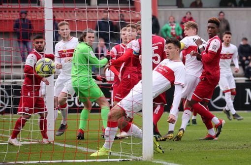 U19 muss sich gegen Kaiserslautern mit Unentschieden begnügen