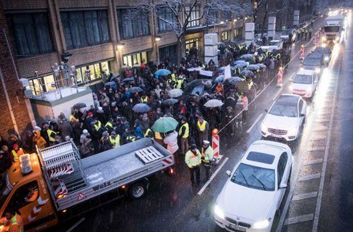 Stuttgarter  stellt Anzeige gegen Verkehrsminister Hermann
