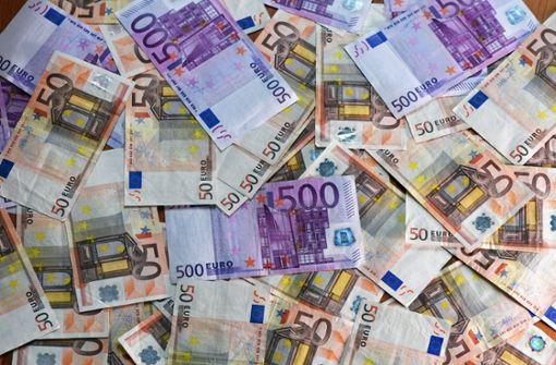 Fremdes Geld verprasst –  Mann muss 170.000 Euro zurückzahlen