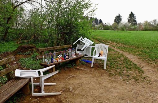 Waldrand ist beliebter Ort für Trinkgelage