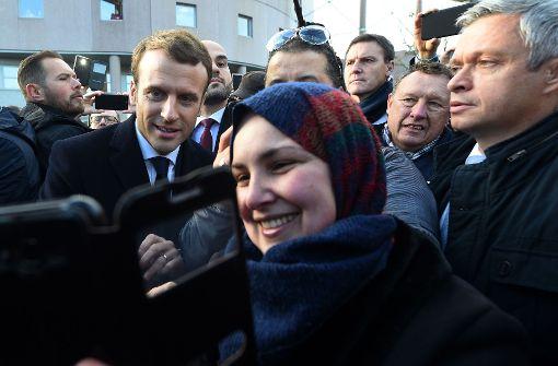 Macron nimmt  den Kampf gegen die Armut auf