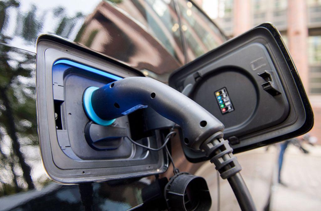 In Fellbach wird es bald drei neue Ladestationen für Elektroautos geben. Foto: dpa