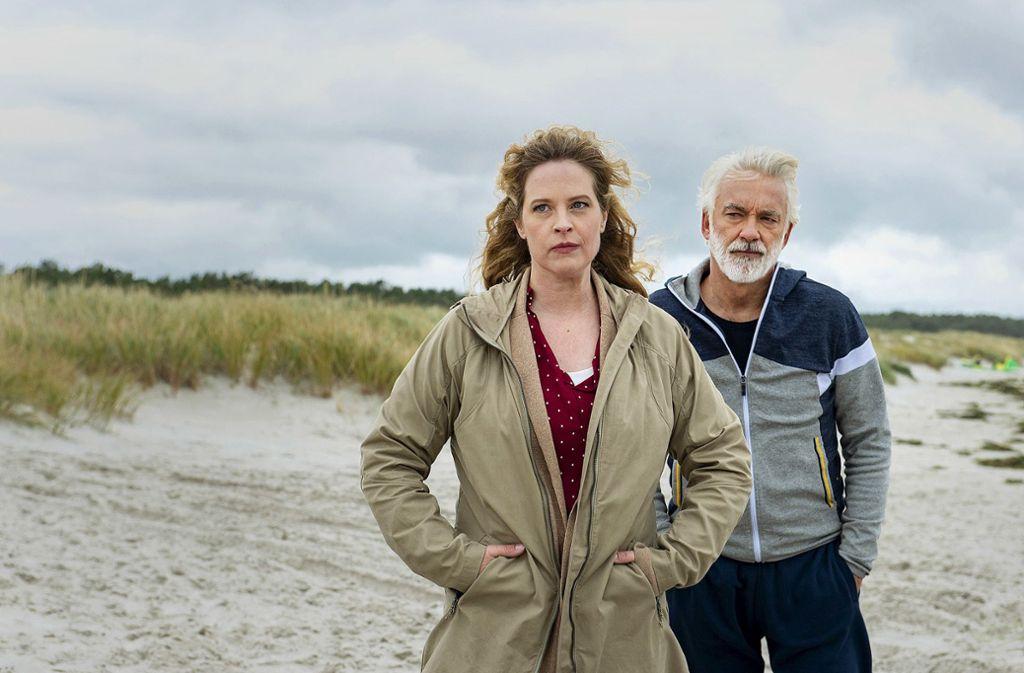 Camping-Kalle (Christoph M. Ohrt) und Desiree (Diana Amft) kommen anfangs gar nicht gut miteinander zurecht. Foto: ARD Degeto/Sandra Hoever
