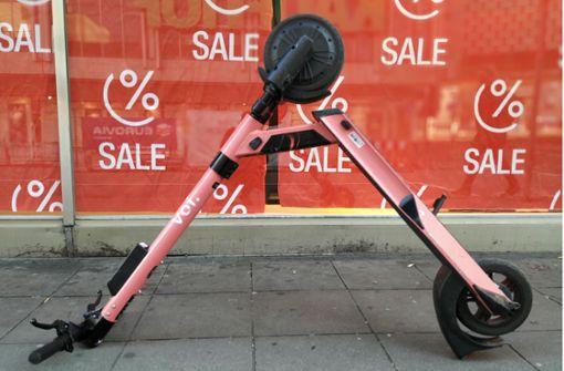 Wenn der E-Scooter den Weg versperrt