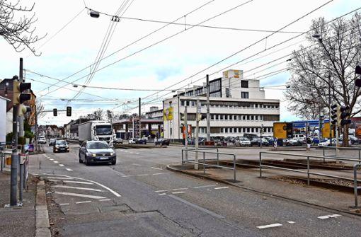 Autohof-Kreuzung wird Kreisverkehr