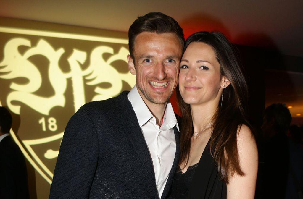 VfB-Spielführer Christian Gentner (li.) und seine Frau Verena sind zum zweiten Mal Eltern geworden. Foto: Baumann