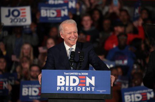 """Joe Biden hofft  auf Schwung für """"Super Tuesday"""""""