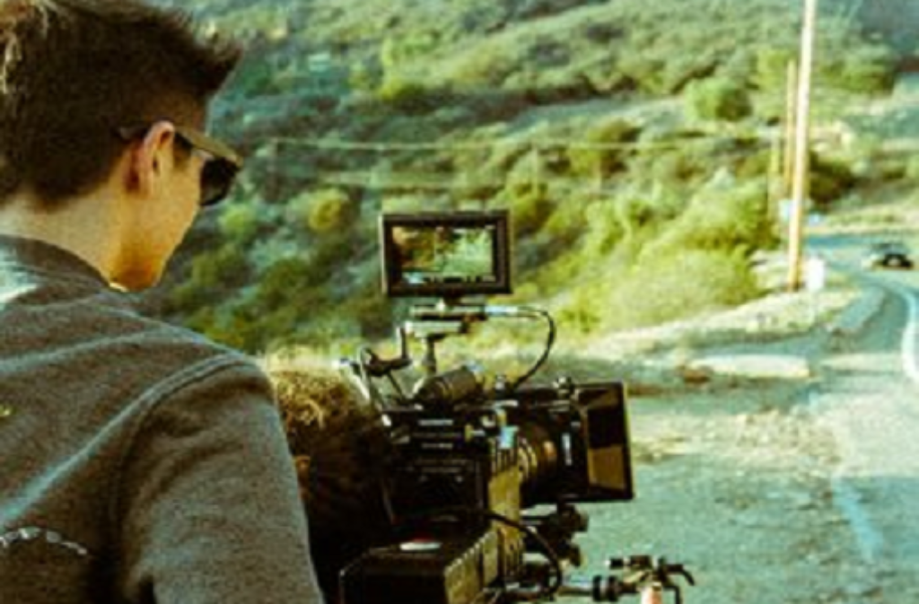 Lars Timmermann filmt eigentlich draußen und mit ziemlich viel Action. Bei Cros Video zu Hey Girl war das anders. Foto: privat