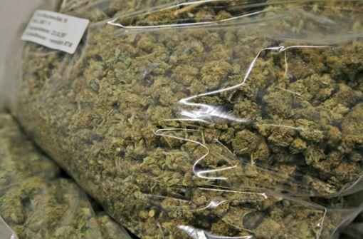 Heilbronner Zoll fängt Marihuana-Pakete ab