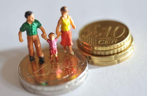 Land bewilligt rund 1,1 Milliarden Elterngeld