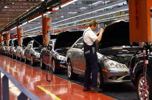 Daimler schweigt zur Klage