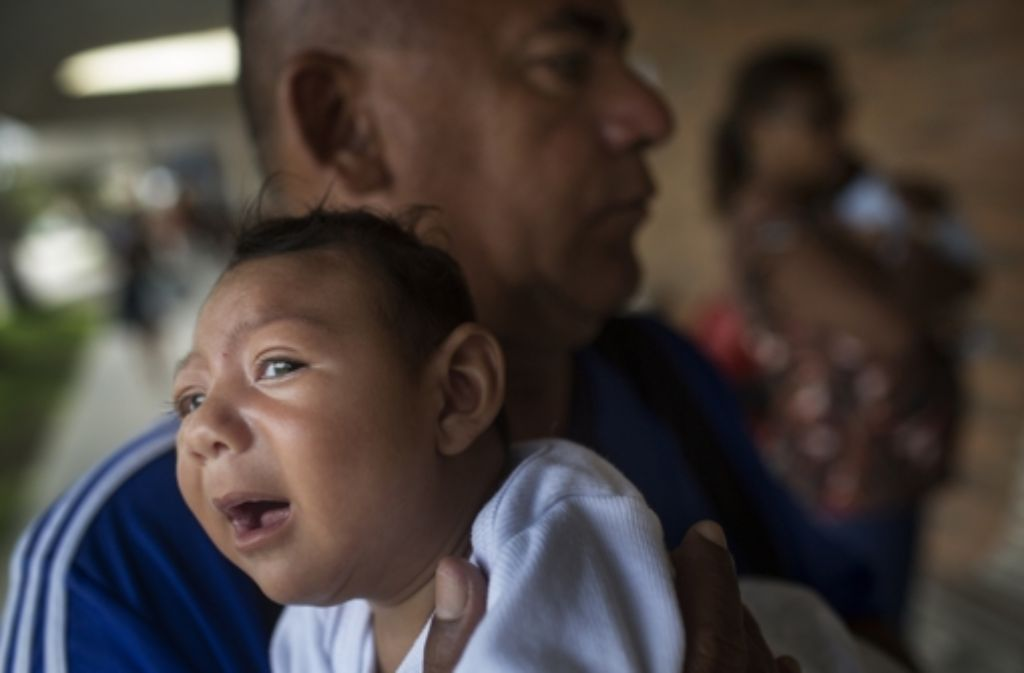Wenn ein Kind an der Schädelfehlbildung Mikrozephalie leidet, ist das meist mit Entwicklungsverzögerung und mit geistiger Behinderung verbunden. Foto: dpa