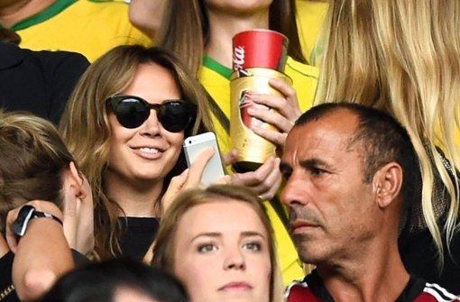 Özil nominiert Freundin und Rihanna