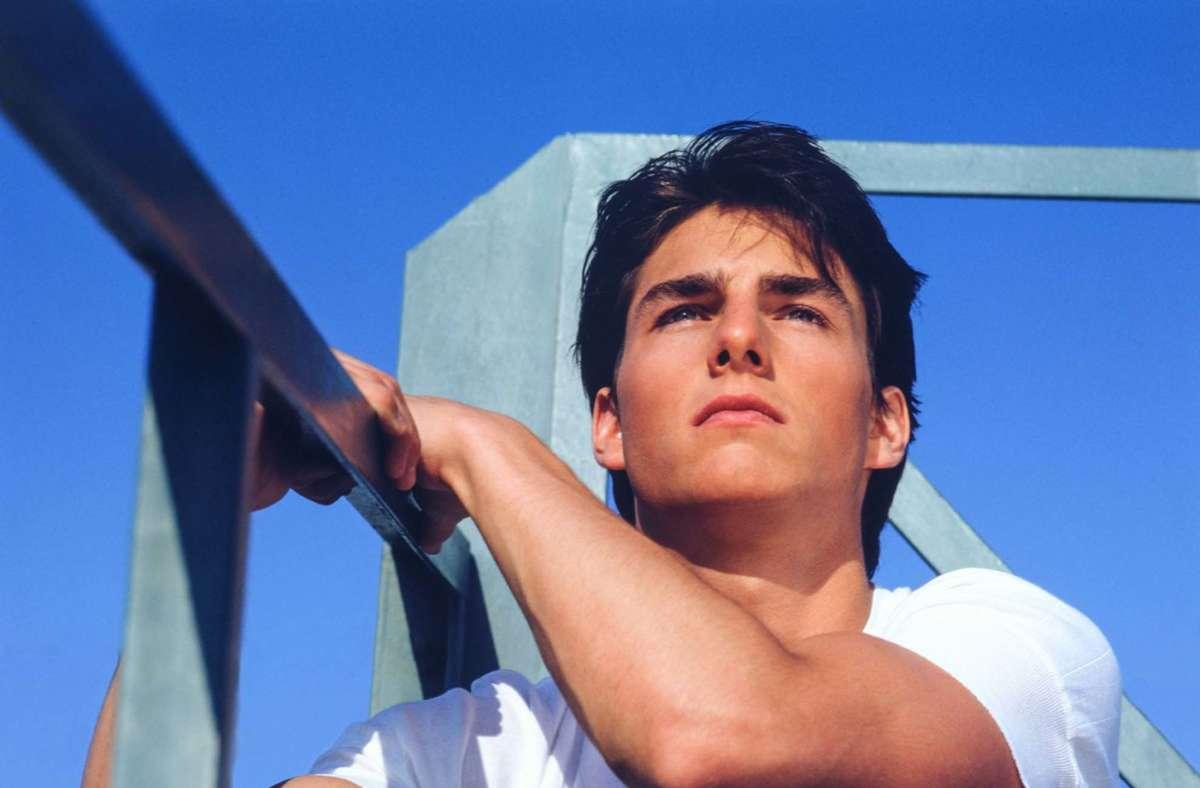"""Als übte er schon mal für """"Top Gun"""", den Film, der ihn berühmt gemacht hat: der US-Schauspieler Tom Cruise, hier gerade 21 Jahre alt, 1983 in Los Angeles fotografiert von Greg Gorman. Dies und viele weitere Porträts finden sich im Fotobuch """"It's Not About Me"""", erschienen im Verlag teNeues, www.teneues.com Foto: Greg Gorman"""