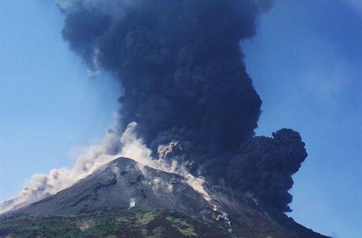Video – Urlauber filmt seine Flucht vor Vulkan