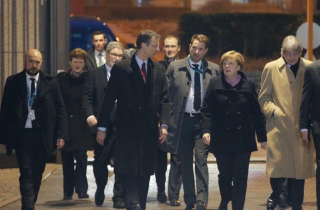 Angela Merkel machte eine kurze Pause – es soll Pommes gegeben haben. Foto: dpa