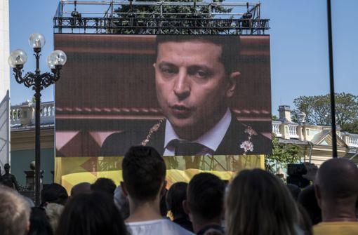 Wolodymyr Selenskyj löst das Parlament auf