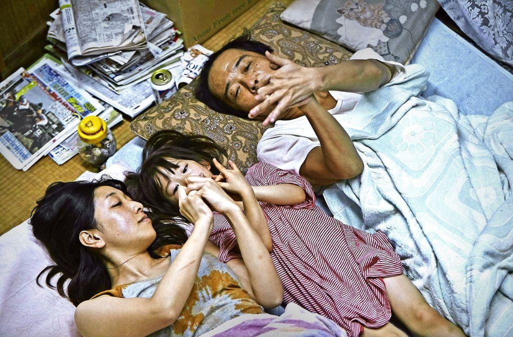 """Aus dem Leben einer Patchworkfamilie: Szene aus Hirokazu Kore-Edas Film """"Shoplifters"""", der mit der Goldenen Palme ausgezeichnet wurde Foto: Festival"""
