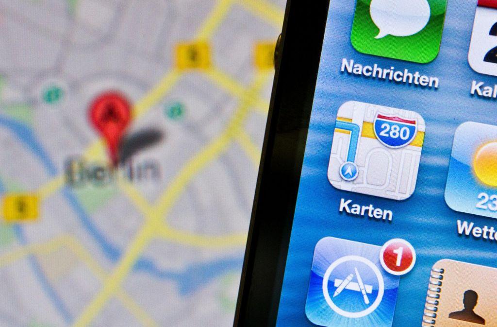Die Apple-Navigationsapp Karten ist oft ungenau. Die neuen Aufnahmen sollen dies beheben. Foto: dpa