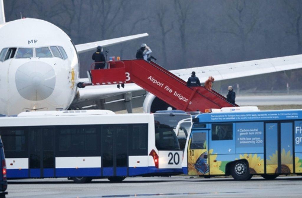 Nach einer Flugzeugentführung muss eine Maschine von Ethiopian Airlines in Genf landen. Foto: dpa