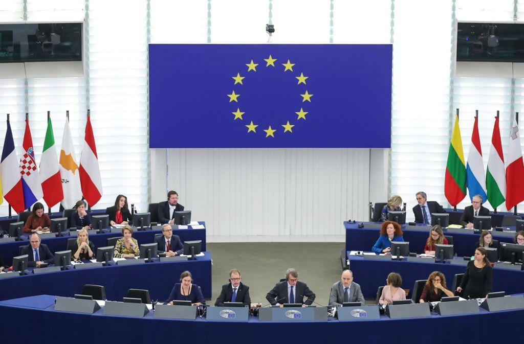 Nur wenige der 751 EU-Abgeordneten nutzen die Limousinen. Foto: dpa/Zhang Cheng